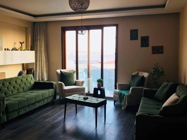 Modern flat with sea view next to metro station