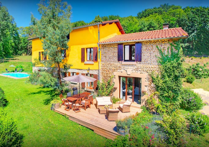 OVO NETWORK - Restored Drome farm, on 18+9 hole golf course with a pool - Albon - Casa de camp