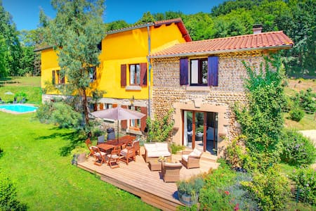 OVO NETWORK - Restored Drome farm, on 18+9 hole golf course with a pool - Albon - Villa