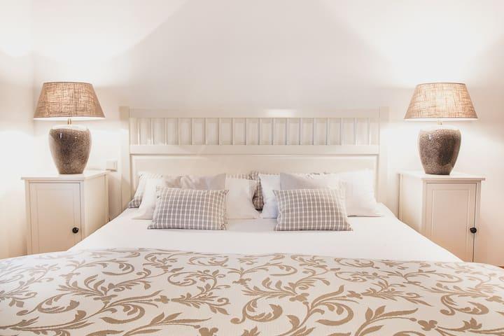 Exclusives Gäste-Apartment in herrlichem Landhaus - Neumarkt am Wallersee - Daire