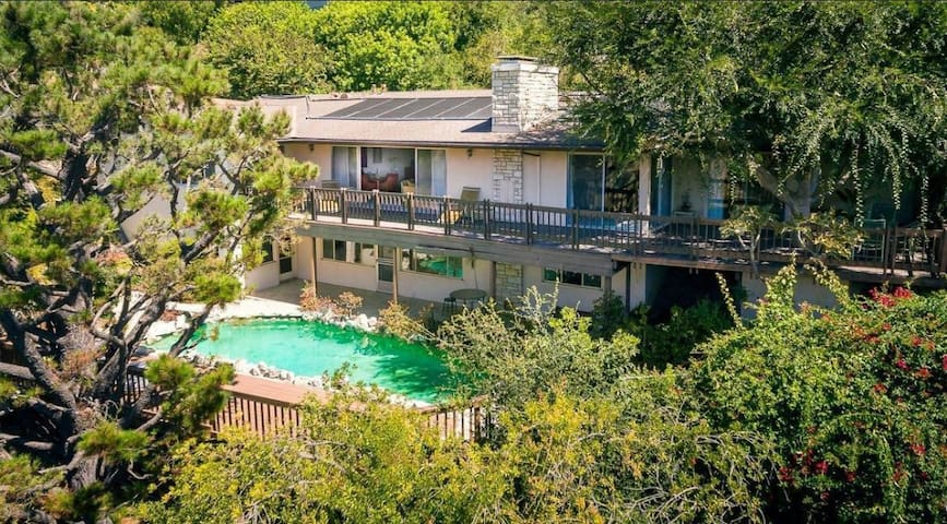 Bel Air Home w/pool, March-April rate reduction