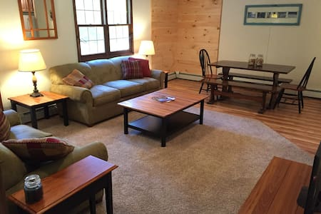 Walk to Ski Lifts & Lodge - Private Townhome (A) - Ludlow