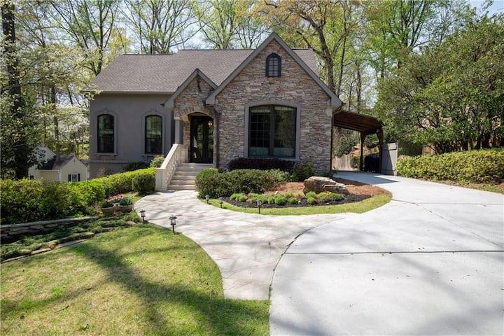 4BR 5BA cozy home in THE Buckhead area of Atlanta