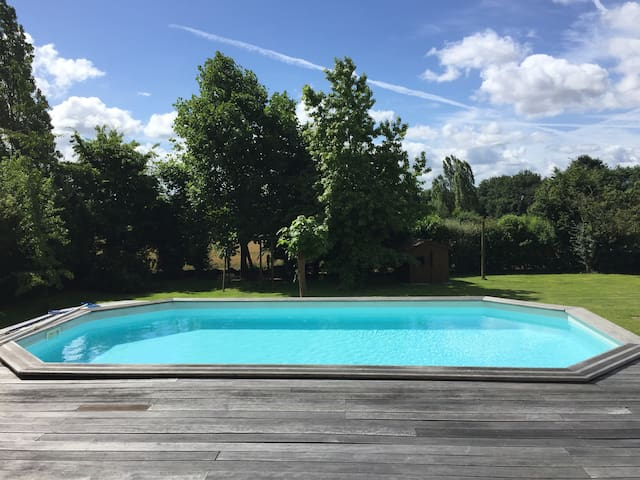 15 mn Le Mans Classic w/ pool - Rouillon - บ้าน