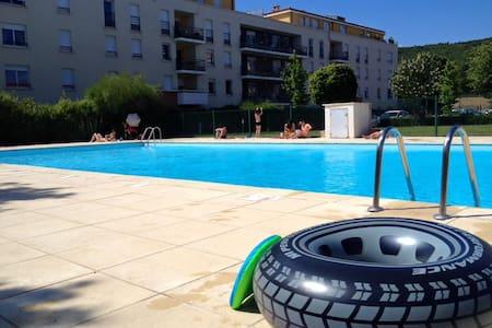 residence piscine - Cournon-d'Auvergne - Condominium