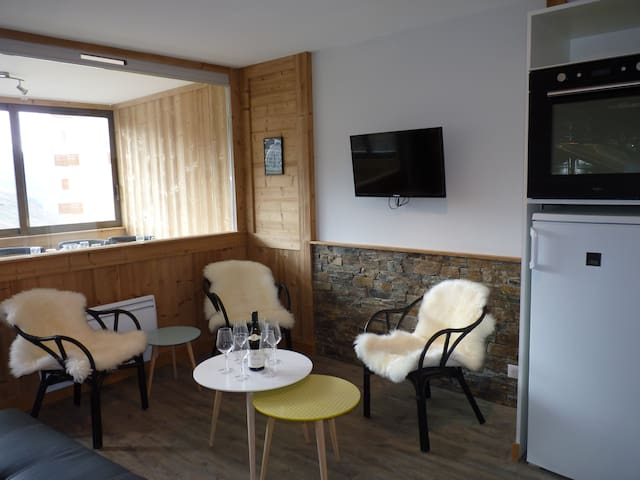GRAND APPARTEMENT**** 43 m2 -6 PERS - 4 étoiles OR - Val Thorens - Flat