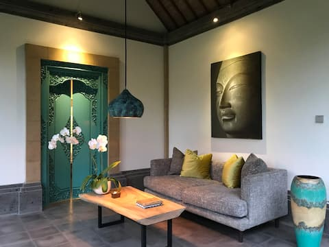 Authentic Balinese House Experience