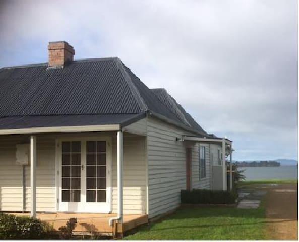 Dover Tasmania Gettaway - Dover - Talo