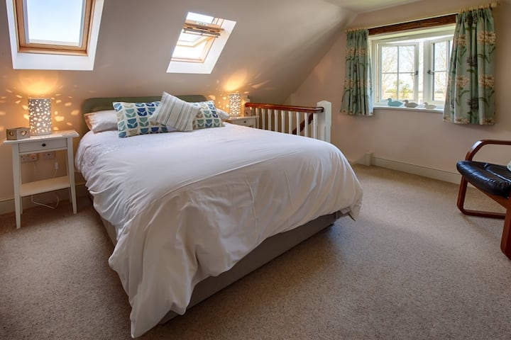 Skylark Loft at Mill House B&B