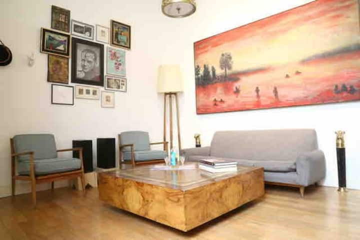 Great House w/ perfect location nr Palermo Holly!