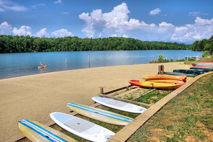 Lake James Launch Pad Close to Mountain Adventures