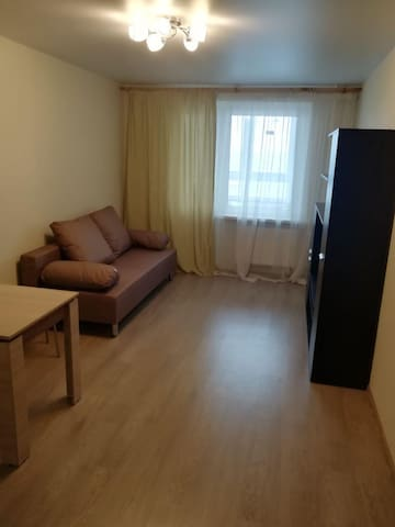 Абсолютно новая квартира на Хлыновской со скидкой!