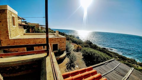 CAVO PONTA luxurious suites