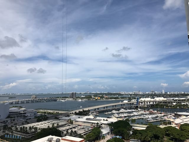 Perfect downtown Miami location with amazing views