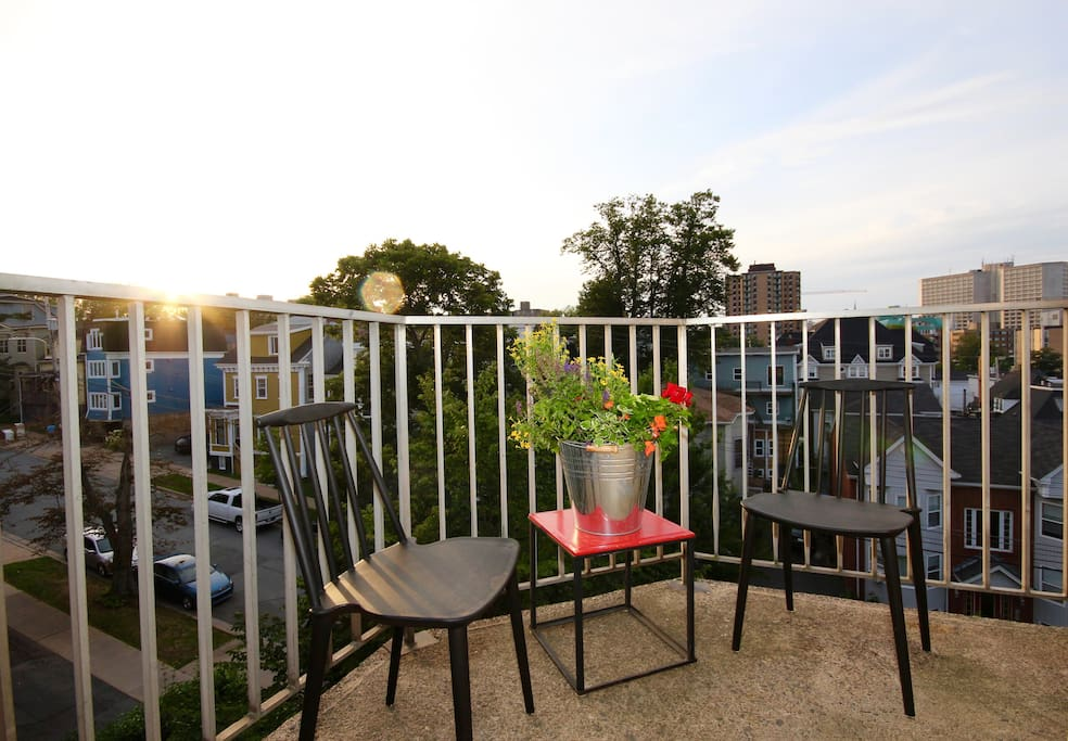 Enjoy sunshine and a fab view from your Skyline balcony!