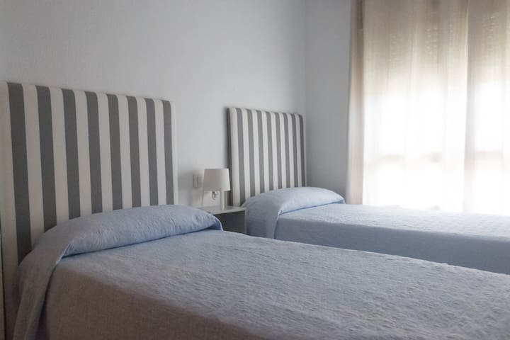 Cómodo y luminoso apartamento cerca de la playa