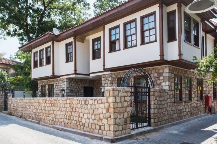Studio apart room in old town of Antalya (4)