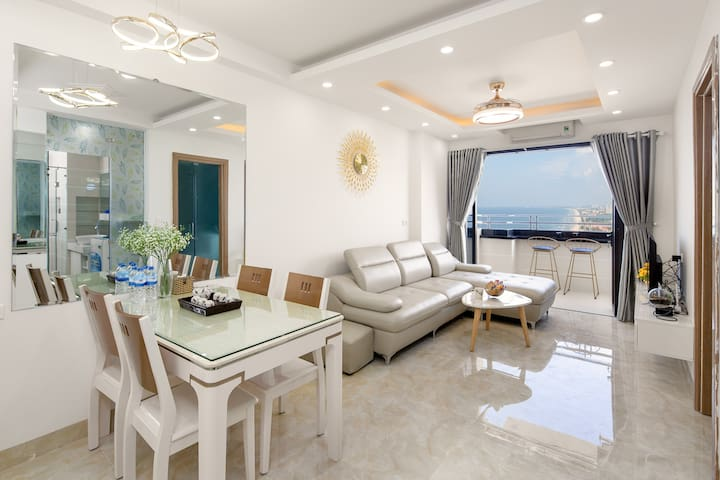 MuongTh 2BR Beach Apartment@Sky SeaView Room