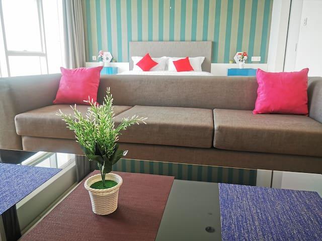 Adjustable space 可调节式客厅