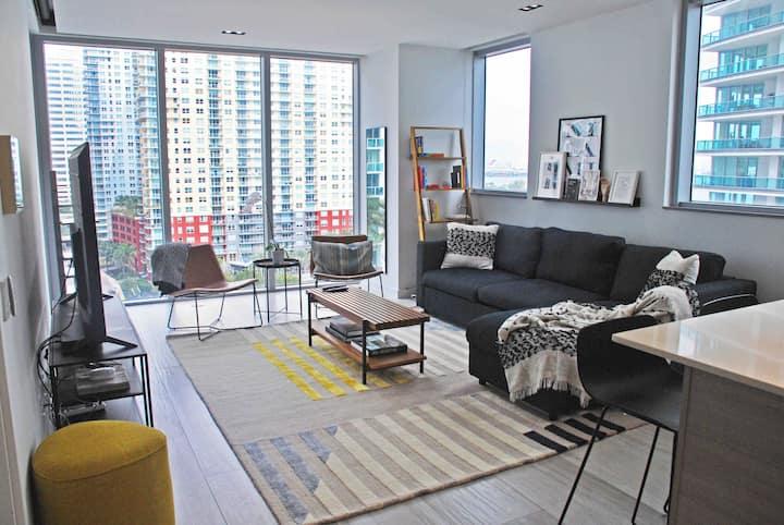 Luxury BrickellHouse Condo - Sleeps 4