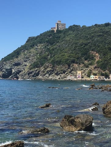 Nice apartment close to the sea
