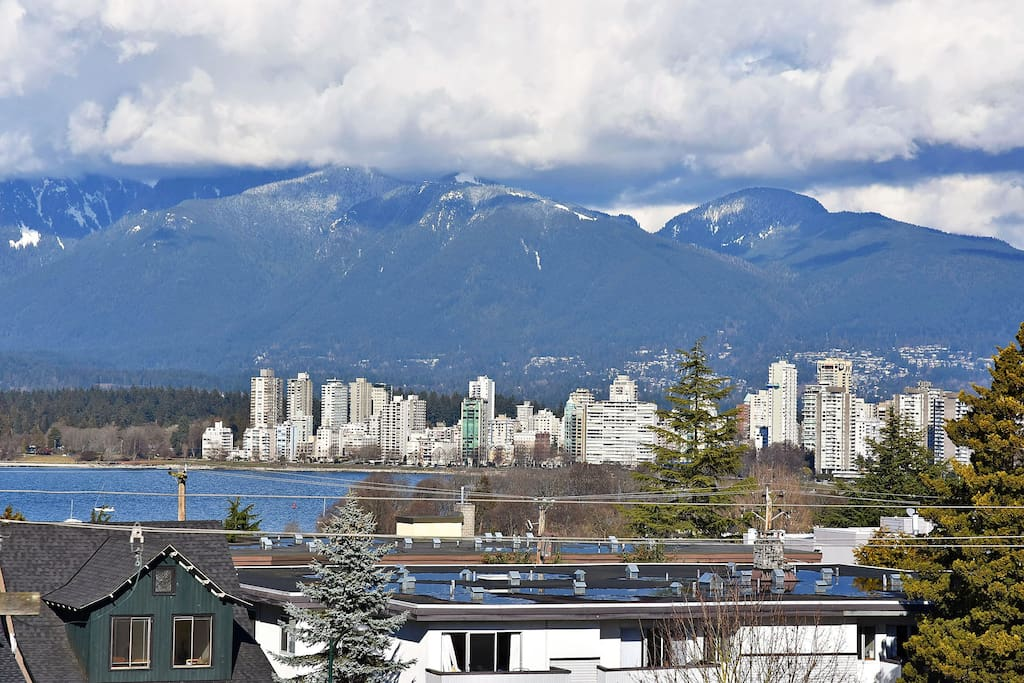 View of Kitsilano Beach, Downtown and North Shore mountains