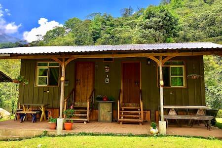 Experiencia de montaña en 'La Aguja' (Room #2)