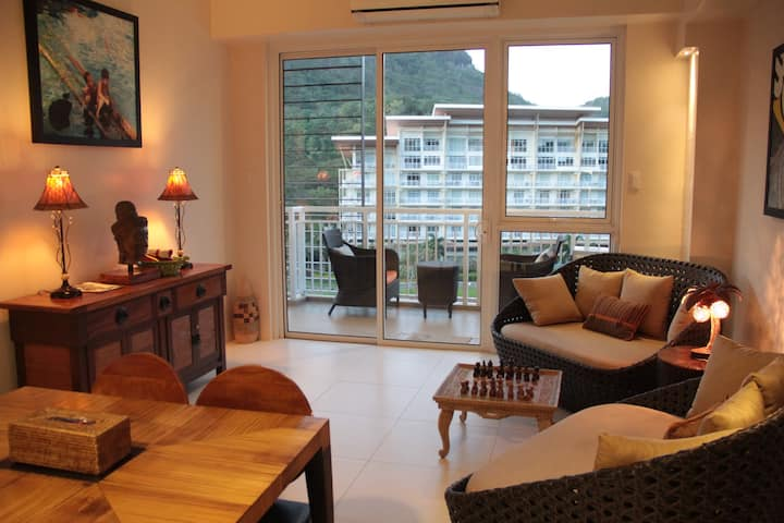 Family beach apartment at Pico de Loro