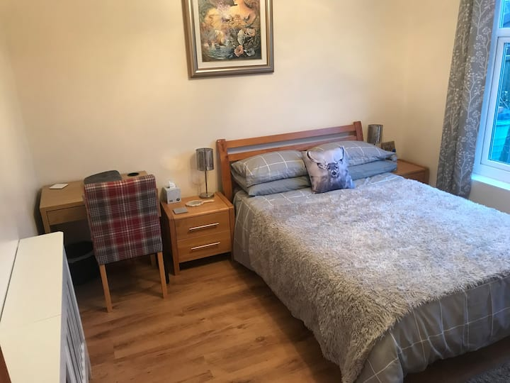 Lovely room in Costessey near the UEA & hospital!