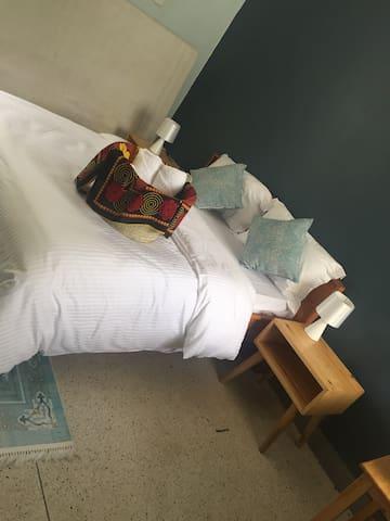 Mtitu House Bed & Breakfast: Shukuru (Room 1)