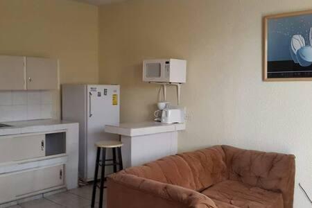 Studio with kitchenet - San José Pinula