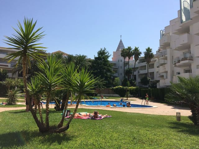 ROYALmarina2-413+private solarium+pool sea/view