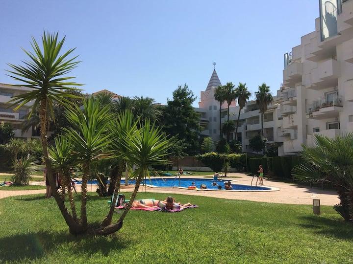 ROYALmarina2-413+private solarium+pool sea/view