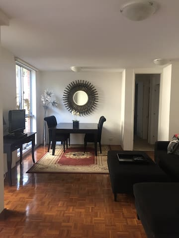 Bondi modern, quiet room with ensuite & queen bed - Bellevue Hill - Apartment