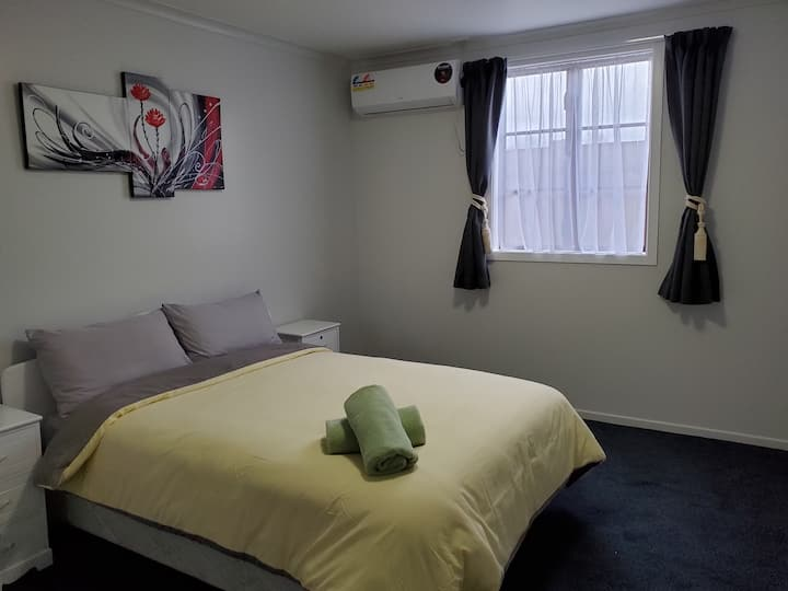 Near new comfortable and accommodation.