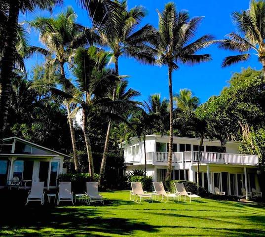 Idyllic Plantation Beachfront House on one acre