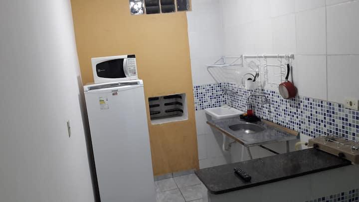 3 Apartamento, Kitnet - próximo a UFPE, IFPE e HC.
