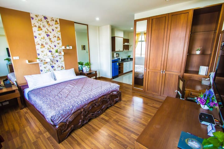 The Laguna Serviced Apartment - Chiang Mai - Lejlighed