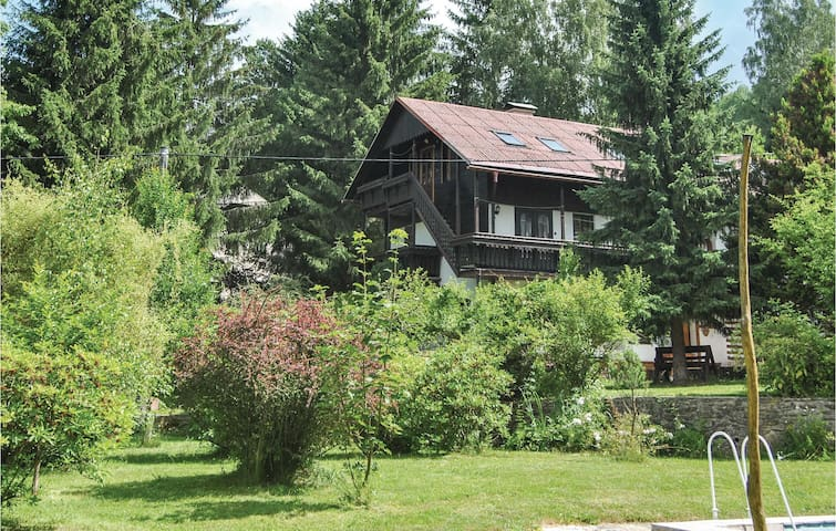 Holiday apartment with 3 bedrooms on 116m² in Potucnik-Hanusovice