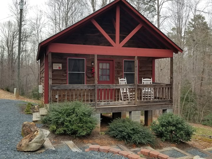 Country Lane Cabin