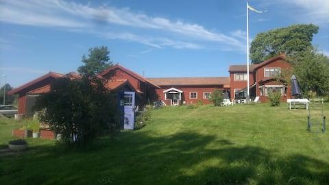 Semester - Bo i Lillstugan på Rönnblomsgården