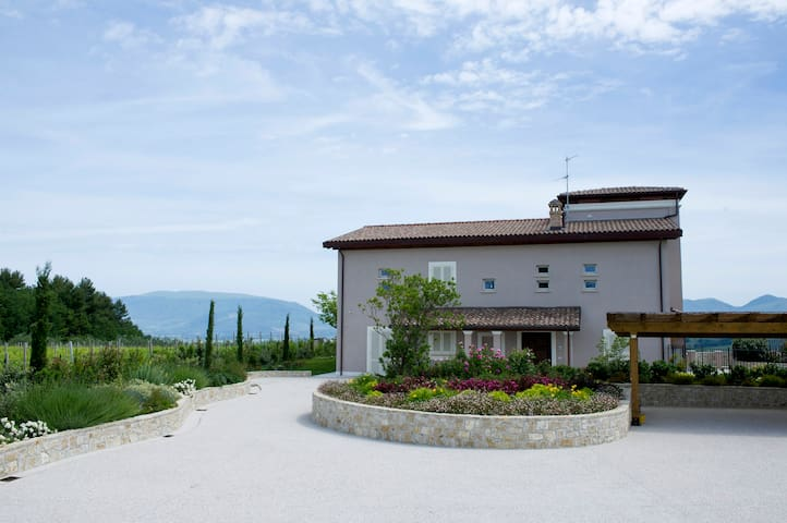 "Luxury apartment ""La Torretta"" - Montefalco - Apartament"