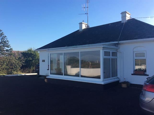 Burrow View, Kilmore Quay, Co.Wexford - 4 Bed - Sleeps 6 - Kilmore Quay  - Haus