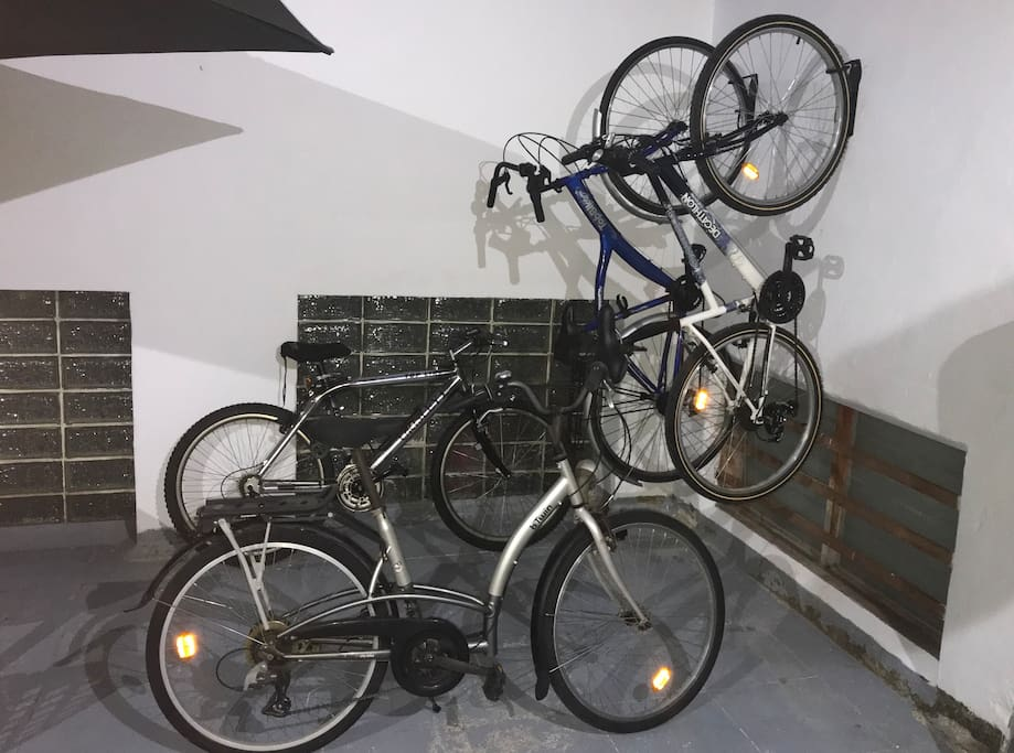 free bicycles for guests
