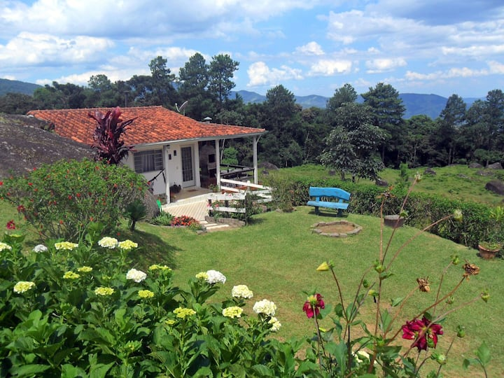 Casa da Pedra Fazenda Monte Verde