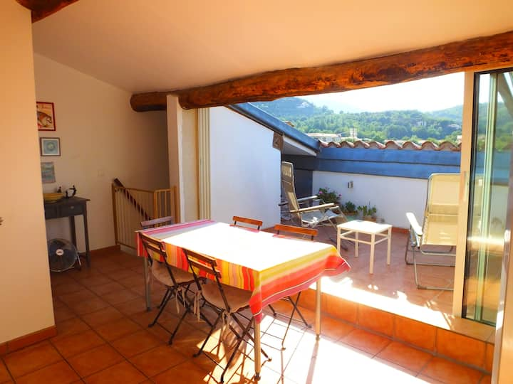 Ceret Centre - Lovely Townhouse with Roof Terrace