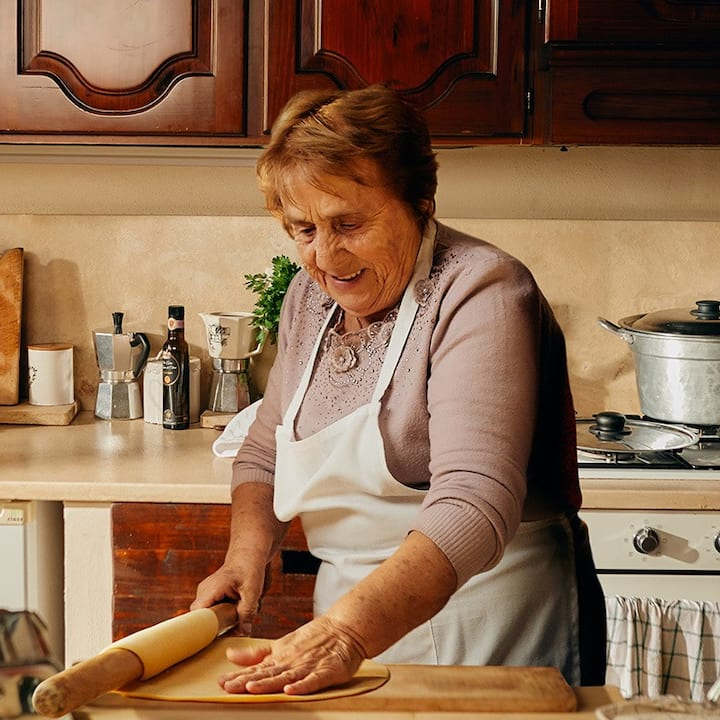 Saznajte više o domaćinu (Chiara & Nonna).