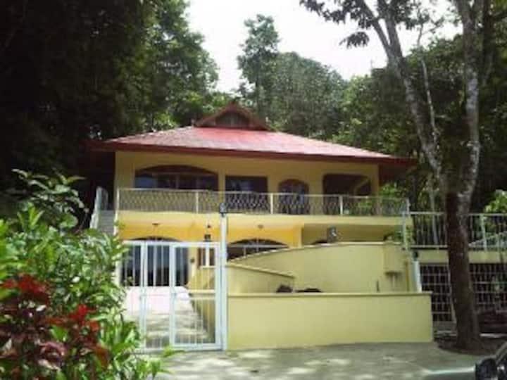 Ville Vista Verde,  A Private Rainforest View