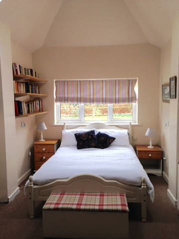 Self Contained Annexe - Hampshire - Bed & Breakfast