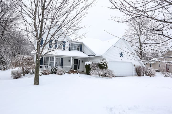 Large Family Home in heart of Brockport
